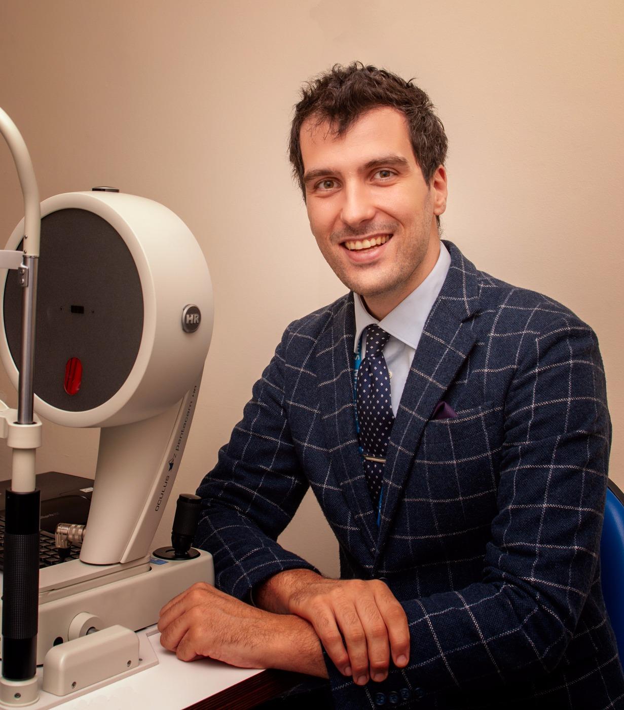 Dr. Davide Borroni